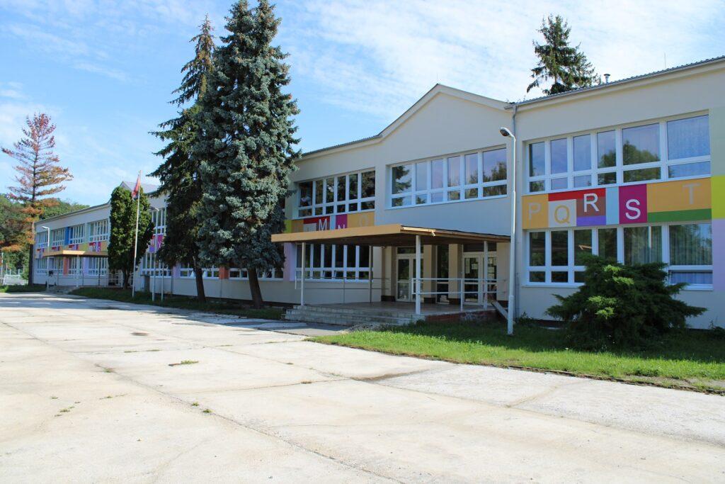 Škola Trebišov